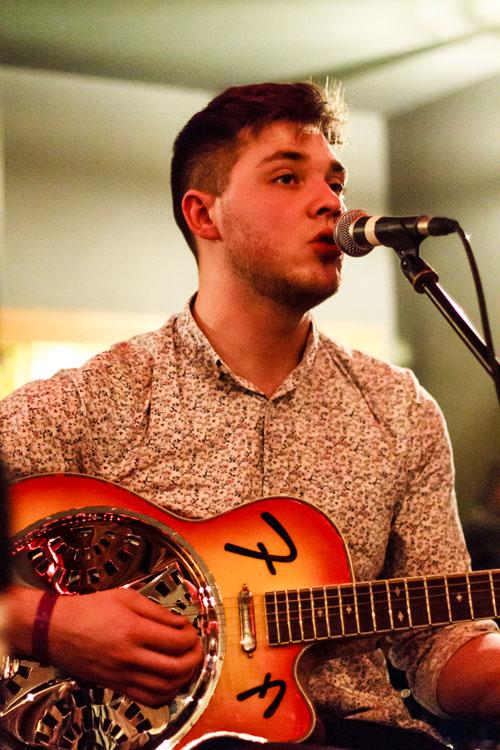 Ryan Thomas - Acoustic Rooms