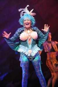 Su Pollard as Mimi The Mermaid