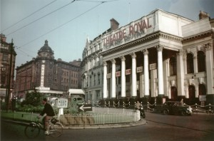 Theatre Royal Nottm c. 1955  courtesy of Nottm Local Studies Library and www.picturethepast.org.uk  (NTGM014543)