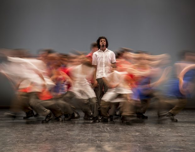 5217-Danza-Contemporánea-de-Cuba-in-Matria-Etnocentra_-Foreground-Iosmaly-Ordoñez-–-photo-Johan-Persson-620x484