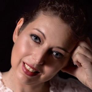 Tanya Brown Hair Smile 6