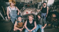 STEVE 'N' SEAGULLS Pukki: Double bass, vocals | Hiltunen: Accordion, Mandolin, keyboards | Herman: Banjo, Guitar, vocals | Remmel: Vocals, Acoustic Guitar, mandolin | Puikkonen: Drums, percussions, vocals   […]