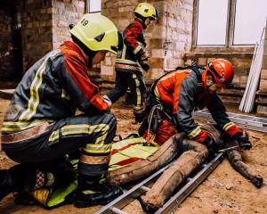 NFRS utilise GFT building site at Nottingham Castle for  training
