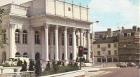 On Saturday 6 April 2019, from 9.30am to 1pm, the Theatre Royal Nottingham will be opening its doors for a free Open Day. Featuring backstage tours, street theatre, live […]
